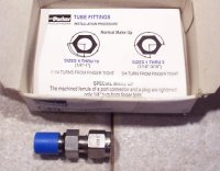 Parker Instrumentation Hydraulic Fitting 4-4 ZHBA-SS-C NIB NEW