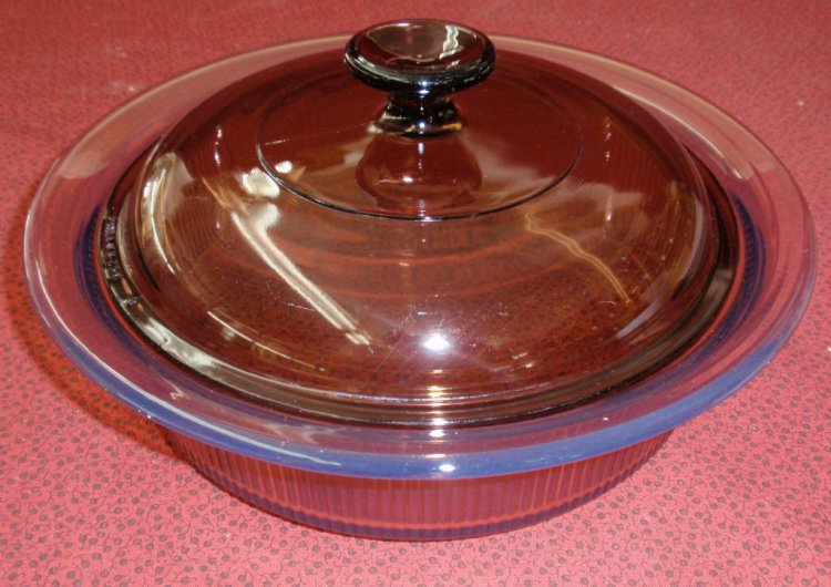 Corning Vision Amber 1.5 L Covered Round Casserole w/ Lid NM - Click Image to Close