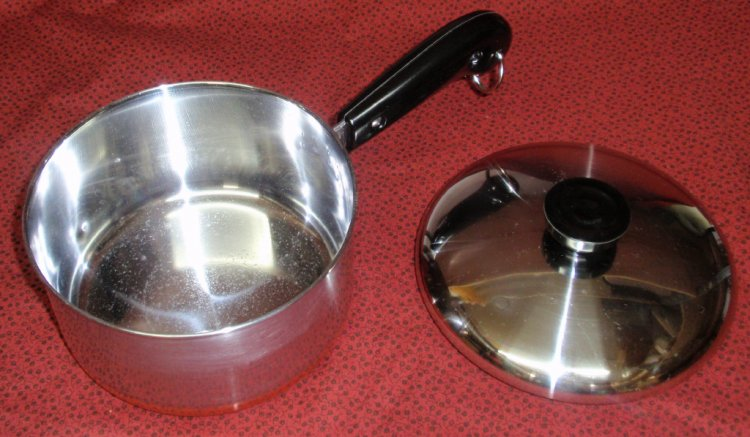 REFURBISHED Vintage Revere Ware Copper Clad 1.5qt Saucepan w/Lid - Click Image to Close